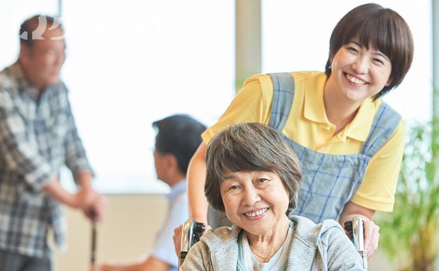 高時給の介護職(有料老人ホーム)