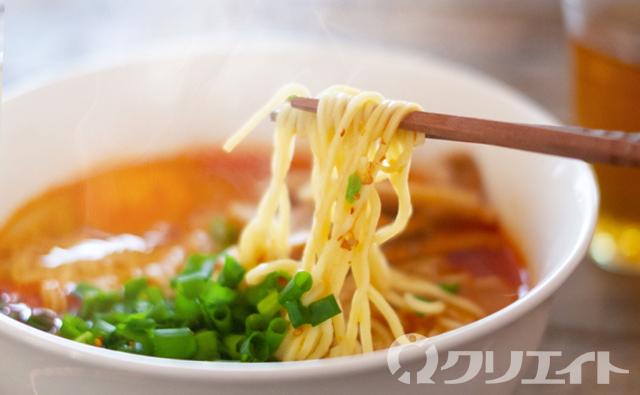 【18時からのお仕事】週2日~OK!!ホール・調理スタッフ